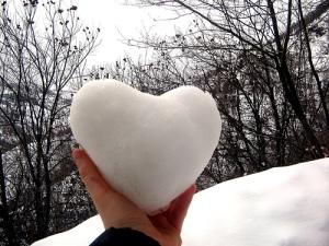 Cinta itu putih suci...