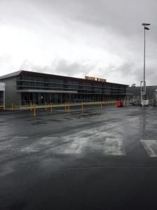 Lapangan terbang Hobart yang menyambut ketibaan kami pada 22 Januari lepas.  Alhamdulillah perjalanan Melbourne-Hobart memakan masa kira-kira sejam.